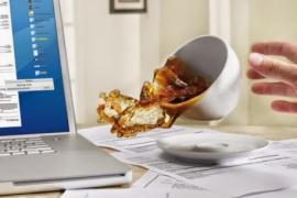 Hãy bảo vệ laptop khi sử dụng
